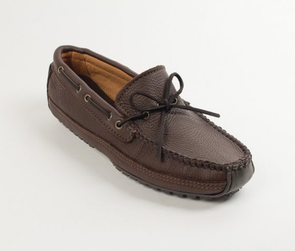 mens mocs moosehide weekend chocolate 752